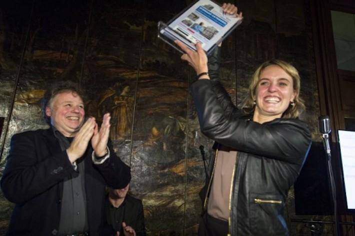 Sibbing wint in 2013 de Nationale Schildervakprijs met een lijnolieproject.